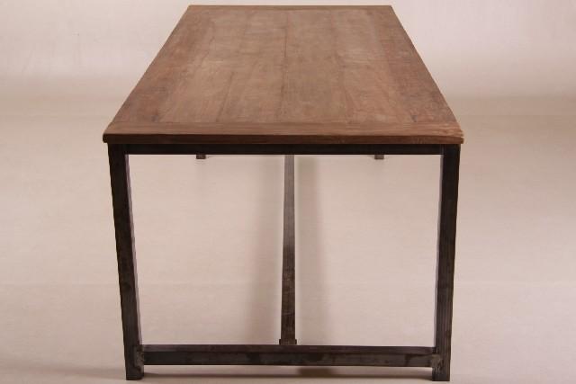 nina tisch holz metall alle tische esstische. Black Bedroom Furniture Sets. Home Design Ideas