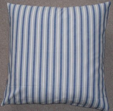 flair kissen gestreift landhaus textil kissen nackenrollen. Black Bedroom Furniture Sets. Home Design Ideas