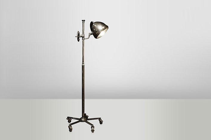 monza stehlampe industrie design lampen stehlampe. Black Bedroom Furniture Sets. Home Design Ideas