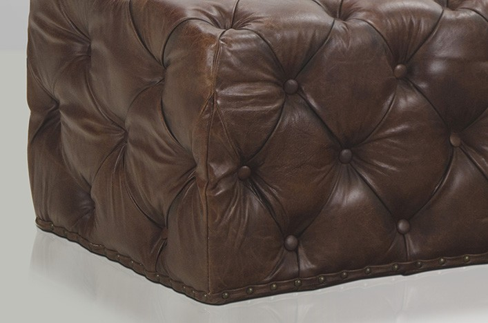 dan gro er fu hocker braun vintage chesterfield. Black Bedroom Furniture Sets. Home Design Ideas
