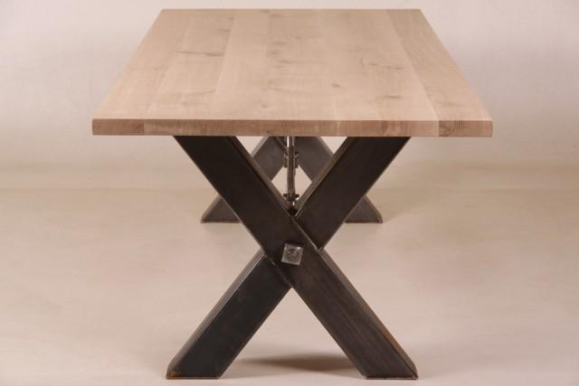 nelly esstisch holz metall kreuzbeine alle tische esstische. Black Bedroom Furniture Sets. Home Design Ideas