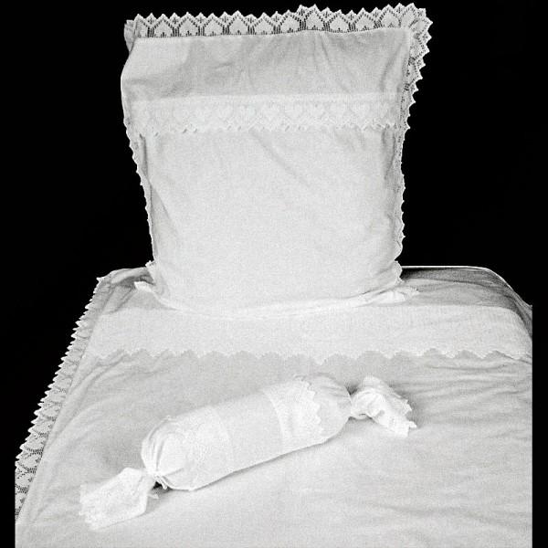 berga wei e bettw sche textil bettw sche. Black Bedroom Furniture Sets. Home Design Ideas