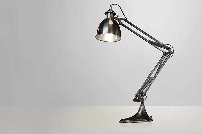 Milan stehlampe metall antik silber lampen stehlampe for Lampen antik